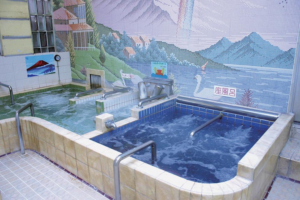 健康浴泉(東中野銭湯)