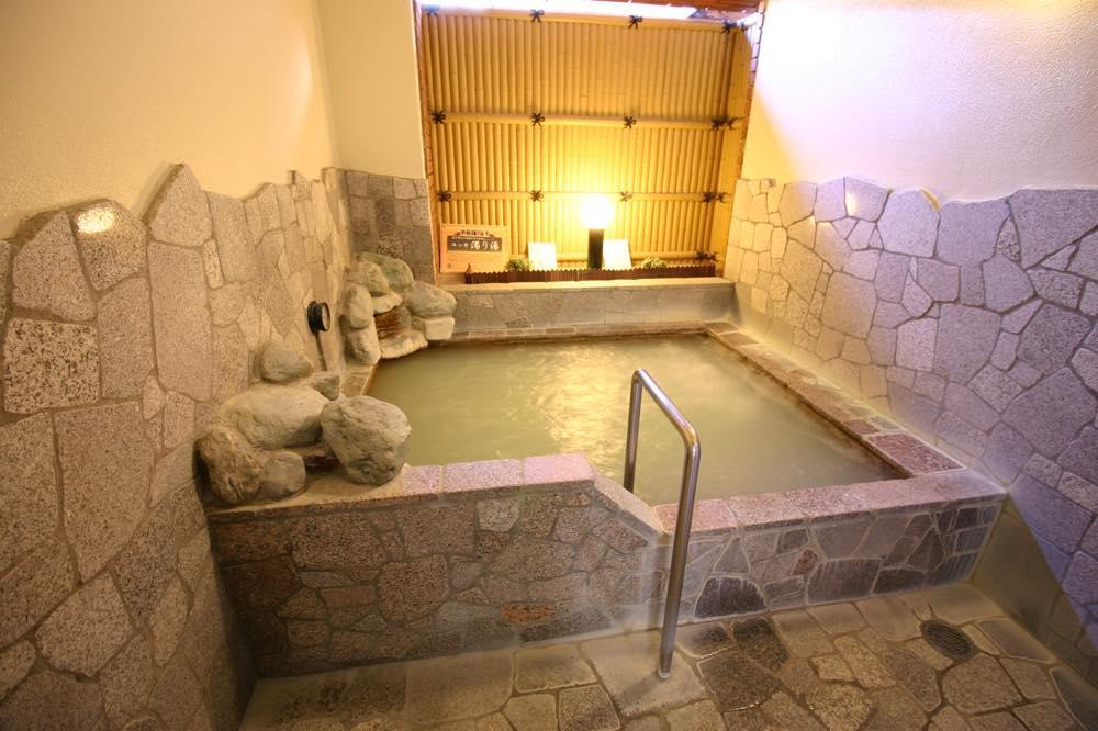 川場湯(露天風呂&高濃度炭酸泉に入れる銭湯)