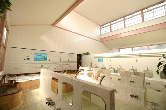 松の湯(八王子市|八王子駅)  都内最強ジェットはここにあり!? 高級感漂う露天風呂も雰囲気◎
