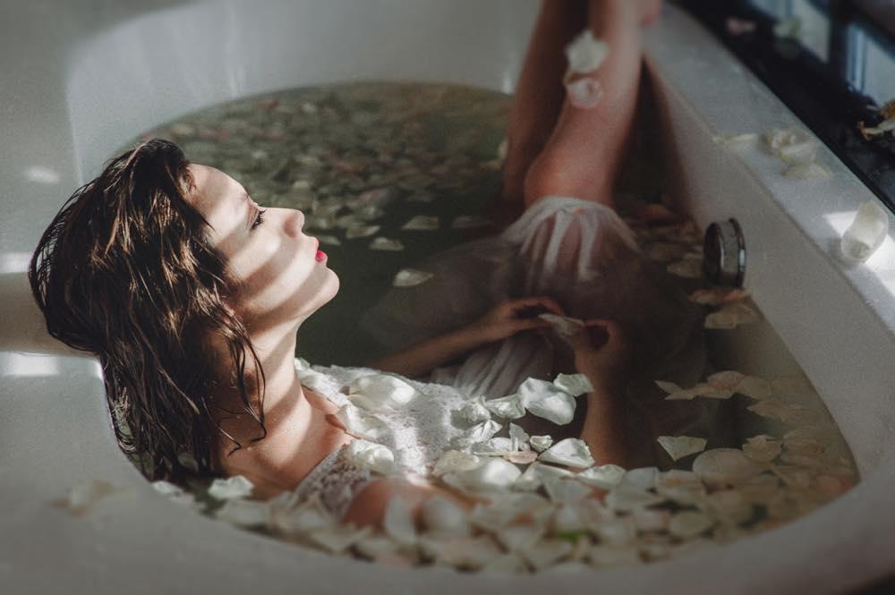 「お風呂 浸かる」の画像検索結果